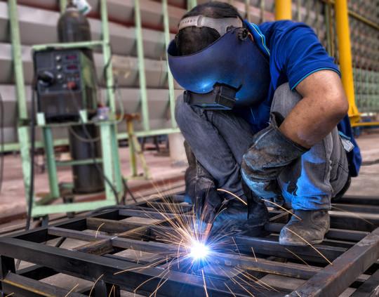 Importancia del equipo de seguridad para soldadores